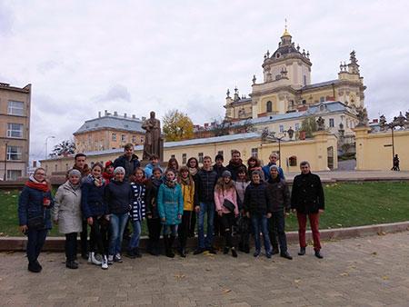 Молитовна зустріч Української та Іспанської молоді