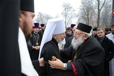 Як повернутися до первісної єдності християн в Україні?