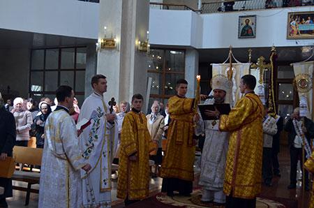 Архиєрейська Божественна Літургія в Томину неділю