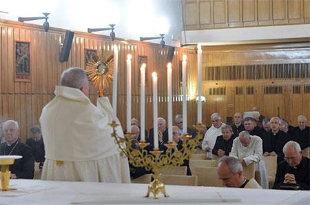 Папські реколекції: Юда та небезпека втрати віри
