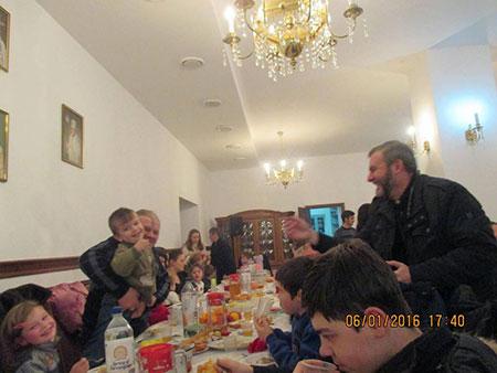 Спільний Святий Вечір в Єпархіальному управлінні з потребуючими