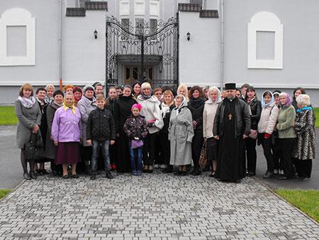 Проща до Гошівського монастиря