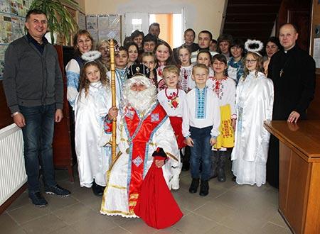 Похід святого Миколая по Скалі-Подільській