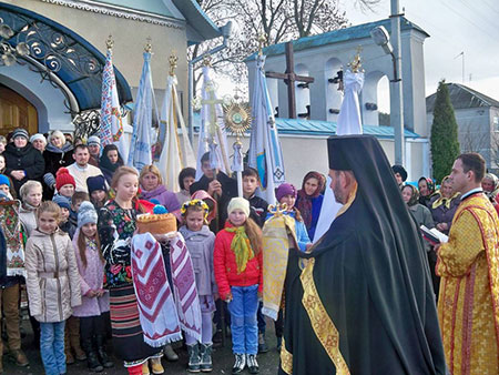 Посвята іконостасу в селі Ланівці