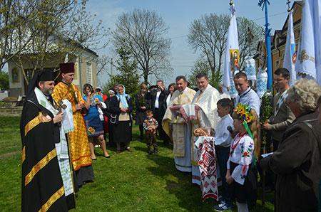 В Улашківській обителі Отців Василіян відкрито Святі Двері Милосердя